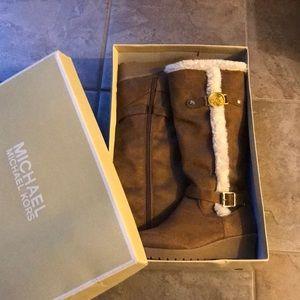 BNIB MK Brown Knee High Suede Wedge Dela 2 Boots